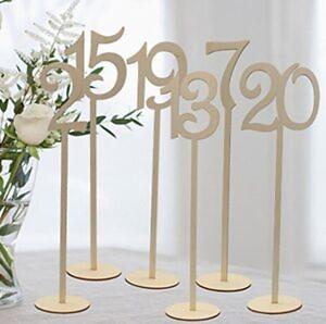numery stołu drewniane